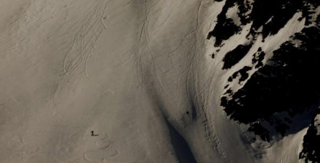Montaña en sombra